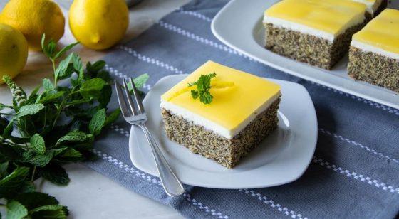 maový koláč s pudingom